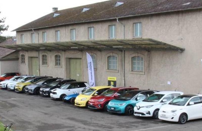 Erfolgreiche Probefahrten Elektromobilität in Schaffhausen