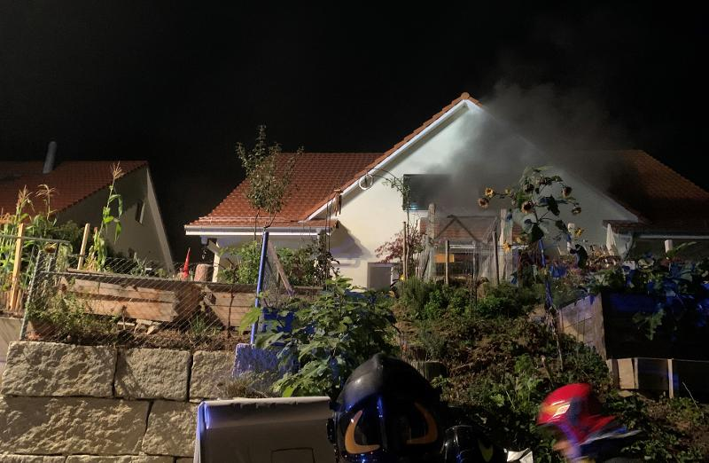 Buchberg SH: Brand in einem Zweifamilienhausteil