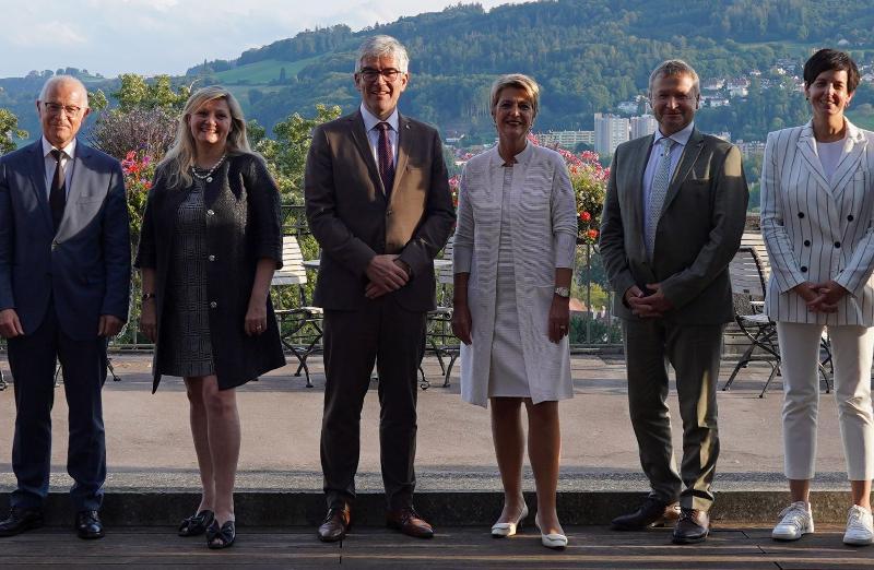 Bundesrätin Karin Keller-Sutter empfängt Ostschweizer Regierungsdelegation