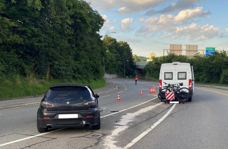 Stadt Schaffhausen: Kollision zwischen Personenwagen und Wohnmobil