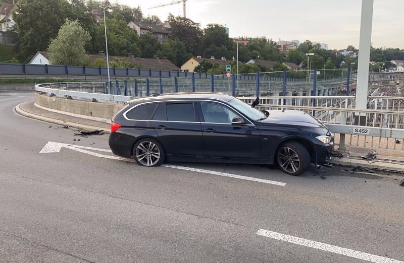 Schaffhausen: Alleinunfall bei der A4-Ausfahrt Nord