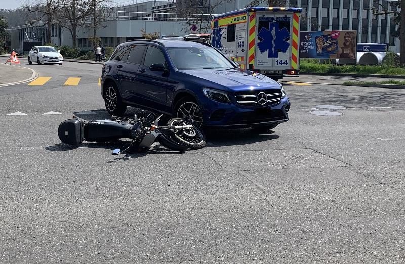 Stadt Schaffhausen: Motorradfahrer bei Kollision verletzt